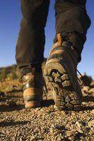 Cómo levantar las manchas de aceite, desde botas Timberland