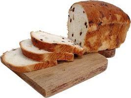 Cómo cortar el pan para sándwiches
