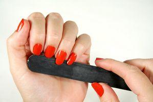 Cómo quitar falso de las uñas
