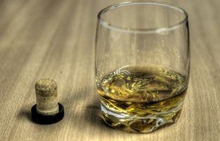 ¿Cómo saber la edad de whisky