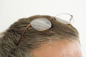 Cómo ocultar las canas 20 en la parte superior de mi cabeza