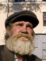 ¿Cómo hacer crecer una espesa barba