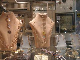 Cómo detectar la falsificación de la joyería Tiffany y Co.