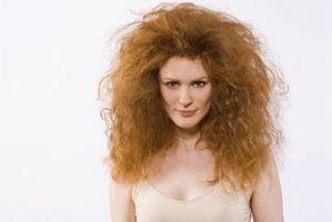 Cómo arreglar Frizz en una peluca de cabello humano