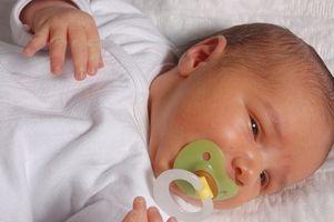 Cómo hacer manoplas para bebés