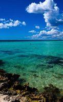 Playas con arrecifes de coral