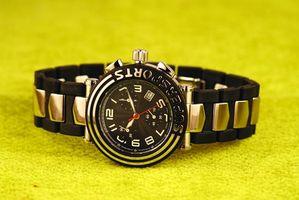 Cómo configurar la hora en un reloj Casio G Shock
