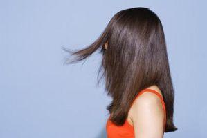 Cómo humectar el cabello con el tratamiento de pelo de la queratina