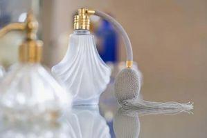 Cómo quitar el perfume de las manos