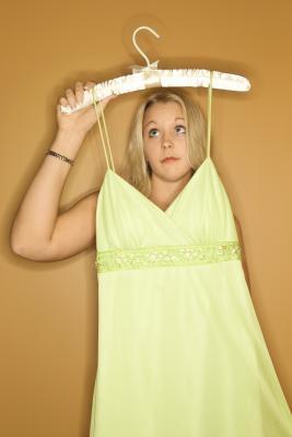 Cómo hacer un top de un vestido