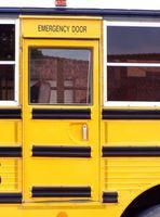 Cómo evacuar un autobús accesible para sillas de ruedas