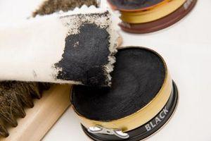 Cómo limpiar zapatos Rockport