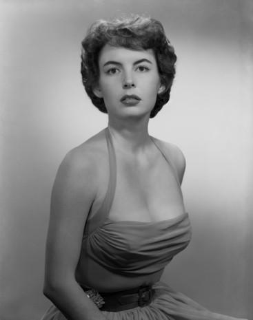 Cómo aplicar maquillaje de los años 50