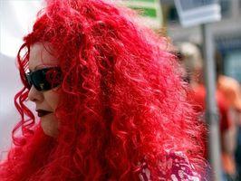 Consejos sobre colorante rojo del pelo rubio