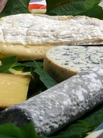 Cómo sustituir Feta por Blue Cheese