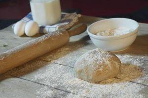 ¿Por qué utilizar leche vs agua al hacer pan de trigo?