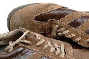 Como montar zapatos para caminar de los hombres de