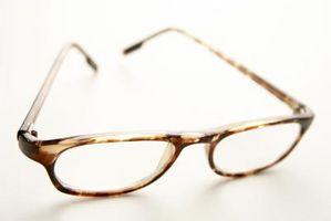 Cómo hacer un par de gafas de visión pasta de azúcar