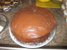 Cómo hacer un pastel de chocolate de capa (Clásico del Sur)