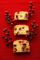 Cómo Humedecer una torta seca