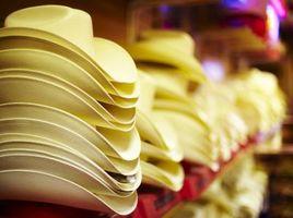 Cómo Vapor-Forma un sombrero de vaquero