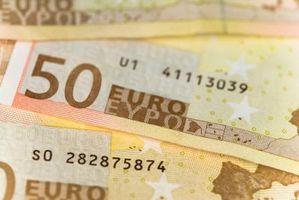 Cómo obtener euros mientras está de viaje
