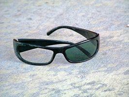 Cómo cambiar las lentes en las gafas de sol Adidas