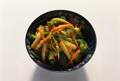 ¿Qué verduras para servir con Thai camarones?