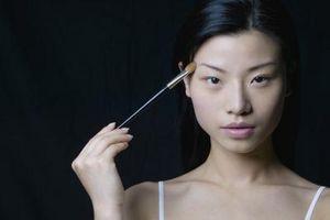 ¿Cómo hacer Maquillaje para una mirada Día