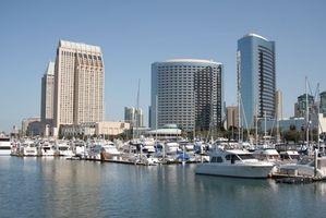 Pequeño barco de crucero desde San Diego