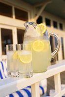 Las cualidades ácidas de jugo de limón