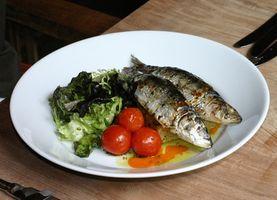 Cómo cocinar las sardinas en una olla de presión
