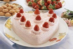 Cómo hacer un pastel en forma de corazón del círculo de sartenes