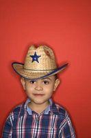 Cómo hacer un sombrero de vaquero Usando Gumpaste