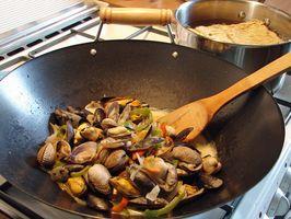 Cómo cocinar verduras congeladas en un Wok