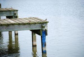 Muelles de la Florida para casas móviles con el barco