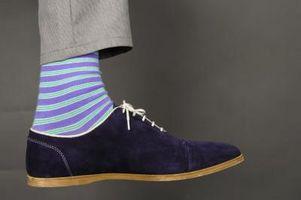 ¿Cómo mantener los calcetines se deslicen hacia abajo en el zapato?