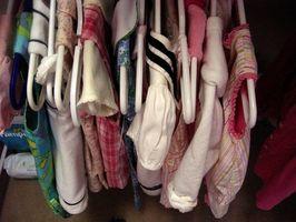 Cómo ocultar mi ropa en mi habitación