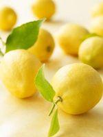 Cómo sustituir el jugo de limón fresco