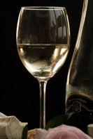 Cómo para caramelizar una salsa de vino blanco