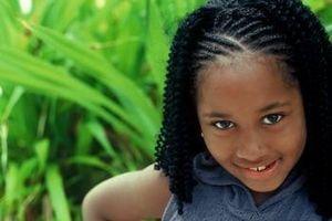 Cuidado del Cabello negro para los niños