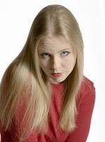 Como el color del pelo con cloro y tóner