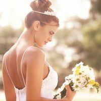 ¿Qué tipo de casco es el mejor para un vestido de novia sin tirantes?