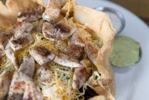 Cómo cocer al horno Tortillas hacer una ensalada de taco Shell