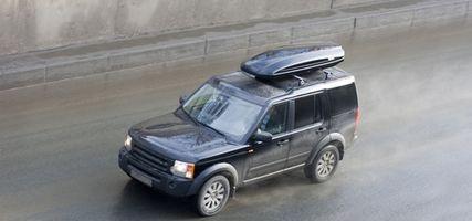 Cómo convertir una camioneta para su uso como Camper