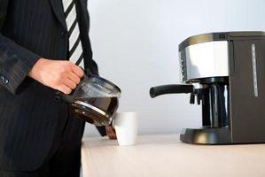 Cómo quitar el quemado del café