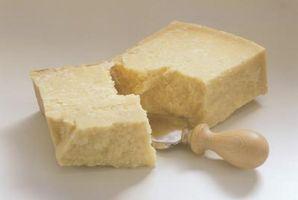 Cómo hacer una mantequilla ligera y salsa de queso parmesano