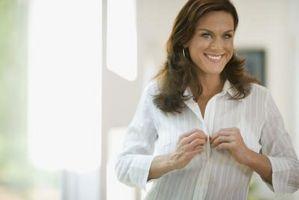 Qué hacer Con una camisa de botones blanca para la Mujer