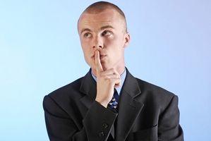 Puede desgaste de hombres de color claro Capas largo de sus trajes después del Día del Trabajo?