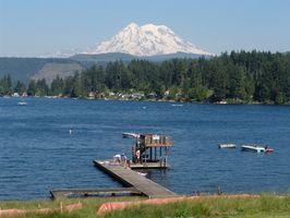 ¿Qué características de la tierra se encuentran en estado de Washington?